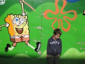 E Confronts The Image of His Beloved Spongebob
